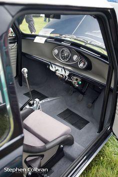Mini Cooper Classic, Mini Cooper S, Classic Mini, Classic Cars, 600 Honda, Micro Rc, Mini Morris, Mini Cooper Clubman, Morris Minor