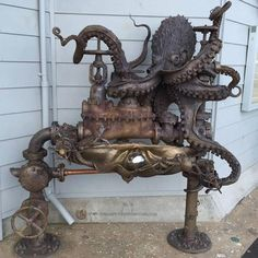 Unleash the Kraken. Monaghan designed this octopus fountain, called Pearl Diver, for SPLASH! restaurant in the Santa Cruz Municipal Wharf. Casa Steampunk, Steampunk Octopus, Gothic Steampunk, Steampunk Clock, Steampunk Cosplay, Kraken, Steampunk Architecture, Steampunk Accessoires, Octopus Art