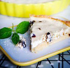 rahkapiirakka Pavlova, Ravioli, Deli, Panna Cotta, Pudding, Cheese, Ethnic Recipes, Desserts, Food