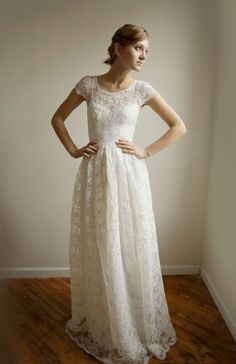 Lace Wedding dress with cap sleeves - Ellie Long