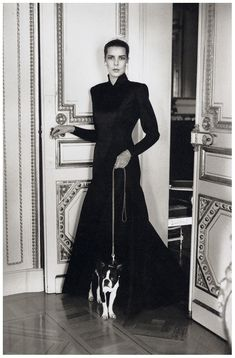 Helmut Newton - Princess Caroline of Monaco, Monte Carlo 1986.PinIt : Anónimo de Piedra