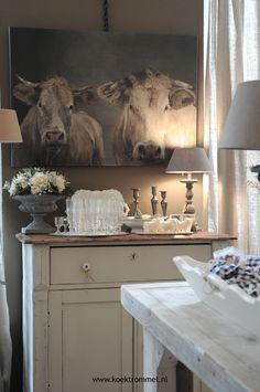 I love my cow pictures! Western Decor, Country Decor, Country Chic, Country Hallway, Cow Pictures, Cow Pics, Cow Decor, Cow Art, Cow Wall Art