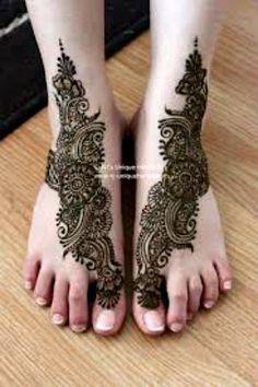 40 Best Mehandi Designs for Legs - Part 1   Lets Create Crafts
