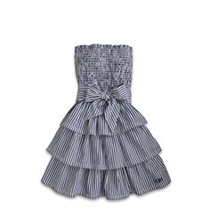 Love the ruffles, stripes and bow! Adorable <3