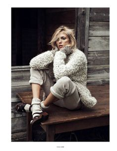 model: anja rubik (img)  photographer: lachlan bailey (managementartists)  stylist: geraldine saglio  hair: damien boissinot (jedroot)  make-up: christelle cocquet (calliste)  manicure: brenda abrial (jedroot)