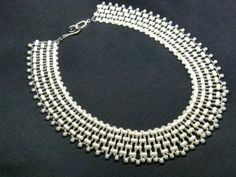 Free pattern for necklace Rulla