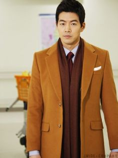 Lee Sang Yoon as Woo Jae in KBS2 'My Daughter Seo Young'