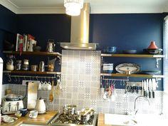 Dulux sapphire salute in my kitchen Dulux Kitchen Paint, Dulux Paint, Dulux Blue, New Kitchen, Kitchen Ideas, Shelves, Colours, Kitchen Inspiration, Sapphire
