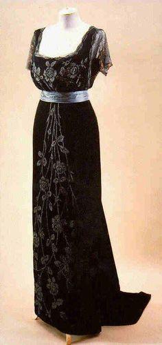1908, so simple and pretty!