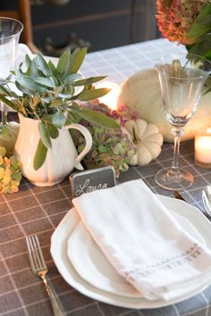 Five Easy Thanksgiving Table Ideas - Finding Home Farms