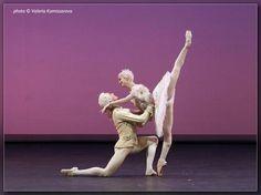 """Dmitri Gudanov and Evgenia Obraztsova in """"The Sleeping Beauty"""" wedding pdd. Photo (c) Valeria Komissarova."""