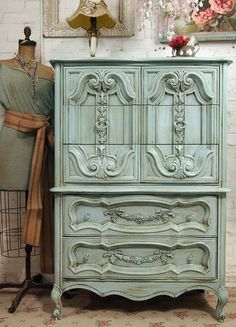 Lisa - this design is kinda like the one sitting in bedroom - Lovely Furniture / Vintage Painted Cottage Chic Shabby Aqua French by paintedcottages - wanelo Vaisseliers Vintage, Vintage Shabby Chic, Shabby Chic Decor, Vintage Decor, Vintage Chest, Antique Chest, Repurposed Furniture, Shabby Chic Furniture, Vintage Furniture
