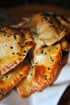 Ethnic Recipes, Food, Chicken, Savory Snacks, Kitchens, Recipes, Ethnic Food, Essen, Meals