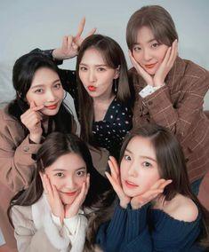 Check out Black Velvet @ Iomoio Red Velvet Joy, Red Velvet Irene, Black Velvet, Good Girl, My Girl, Seulgi, Kpop Girl Groups, Korean Girl Groups, Kpop Girls