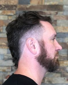 Match your cool hairstyle with an iconic low taper. See how you can modify this trend when you check out these low taper fade haircuts! Fade Haircut Curly Hair, Low Taper Fade Haircut, Short Fade Haircut, Mullet Haircut, Wavy Hair Men, Mullet Hairstyle, Men's Hair, Top Hairstyles For Men, Cool Haircuts