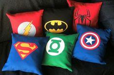 Almohadones superheroes by Lady Krizia, via Flickr