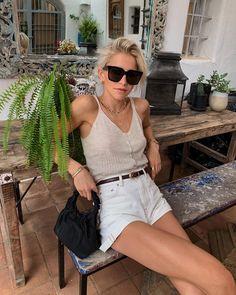 ツⓟⓘⓝⓣⓔⓡⓔⓢⓣ: justkatl 🦋 not mine- credit to owner 🦋 Cute Summer Outfits, Spring Outfits, Cute Outfits, Ibiza, Caroline Daur, Look Formal, Warm Weather Outfits, Neutral Outfit, Lookbook