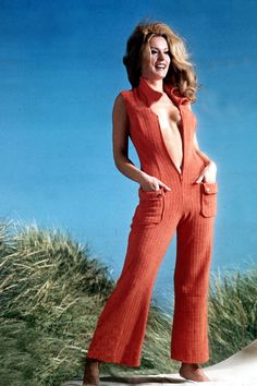 1970 - HarpersBAZAAR shows why jumpsuits were AWESOME.