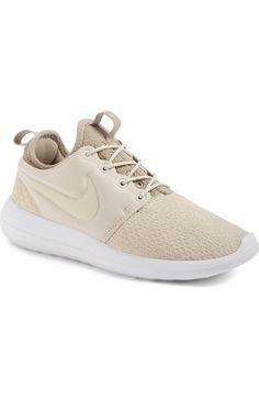 Main Image - Nike Roshe Two SE Sneaker (Women)