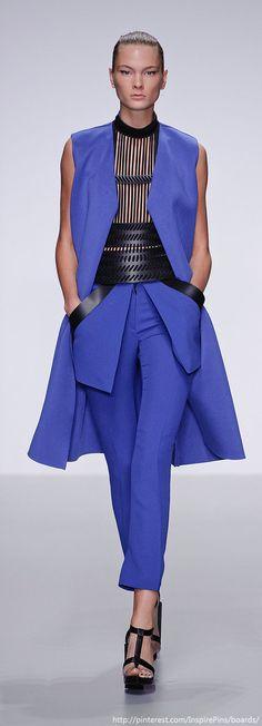David Koma at London Fashion Week Spring 2014