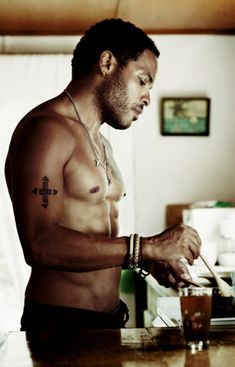 Lenny Kravitz...his hotness never gets old. #overfifty