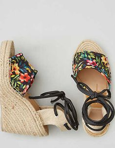 DV By Dolce Vita Sophia Wedge Sandal , Multi | American Eagle Outfitters