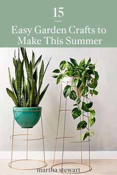 Easily upgrade your front porch or yard with one of our DIY garden decor ideas that will help boost your homes curb appeal in a few steps. Follow along with our easy-to-follow tutorials for each garden DIY and many more summer craft ideas that are perfect for the outdoors. #marthastewart #crafts #diyideas #easycrafts #tutorials #hobby Garden Crafts, Diy Garden Decor, Garden Projects, Easy Garden, Summer Garden, Home And Garden, Garden Posts, Home Design Decor, Easy Diy Crafts