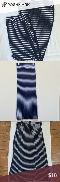 "🎈HP 9/10/16🎈Tommy Hilfiger Maxi Skirt ✨Nautical look, striped Maxi skirt. 🎉 Worn and washed once. Solid navy line down both sides. Waist approximately 20"" laying flat. Approximately 43"" from waist to hem. Great with white top and wedges!✨ Tommy Hilfiger Skirts Maxi"