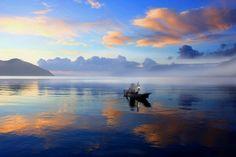 misty lake © hariadi lius