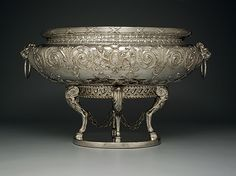 Wine cistern made for the 10th Earl of Huntingdon by Abraham Portal, 1761-62. It's hard to tell this from the photo, but the thing is huge. (Dallas Museum of Art) HouseParts.tumblr.com