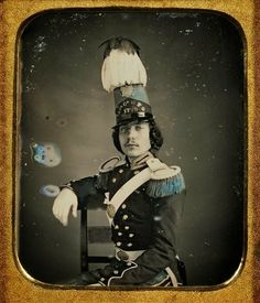 Hand-colored daguerreotype portrait of an unidentified American militia officer.