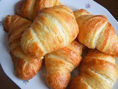 přeju Vám krásný víkend! 😊 #homemade #butter #croissant #croissants #frenchbaking #frenchcuisine #instabake #homebaker #homebaked #croissanty #breakfasttime #bakingtime #bakingmom #foodlover #foodphotography #czech #avecplaisircz