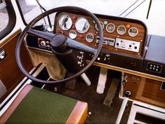 Big Red Bus, Truck Interior, Busses, Commercial Vehicle, Classic Cars, Trucks, Vehicles, Steering Wheels, Hungary