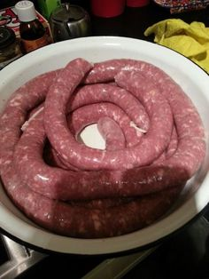 """Boerewors translated means """"Farmers Sausage"""", It originated in the Karoo (South Africa) and is often cooked in a spiral on the braai (Barbecue). Sausage Making, How To Make Sausage, Food To Make, Quick Meals For Kids, Kids Meals, Instant Recipes, Quick Recipes, Chorizo, Hacks Diy"""