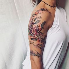 200 photos of women who are not inspired – Photos e Tatuagens Flower Tattoo Designs – diy best tattoo ideas - diy tattoo images Tattoo Femeninos, Form Tattoo, Model Tattoo, Tattoo Style, Shape Tattoo, Piercing Tattoo, Body Art Tattoos, New Tattoos, Henna Tattoos