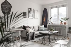 Surf en Suède Decoration Surf, Surf Decor, Nordic Style, Scandinavian Style, Scandinavian Interiors, Modern Interior, Interior Design, Living Spaces, Living Room