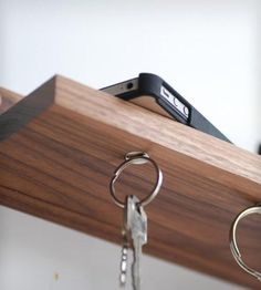 Magnetic-key-ring-holder-shelf-1366393653