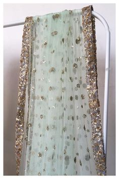 Soft net dupatta in a pale sage green emblished with sequin motifs all over! The border in gold sequin forming dense floral patterns! Pakistani Couture, Pakistani Bridal, Pakistani Outfits, Indian Outfits, Indian Attire, Bridal Dupatta, Lehenga Dupatta, Sarees, Net Saree