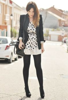 looking casual with blazer   27 Amazing Street Style Inspiration