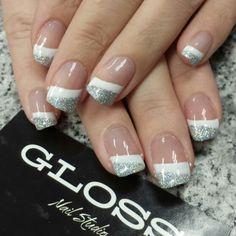 Whit sparkle nail art