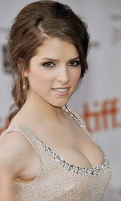 Twilight actress Anna Kendrick is said to be in talks to star in the new romantic comedy movie entitled 'Pitch Perfect'. Kendrick, who apparently has a Pretty People, Beautiful People, Beautiful Women, Anna Kendrick Bikini, Beautiful Celebrities, Beautiful Actresses, Anna Kendrik, Lea Seydoux, Elizabeth Olsen