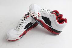 If you're a shoe collector your going to love these Retro Nike Air #Jordan V shoes up for auction starting at $1.