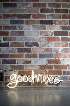 Again with the brick wall, neon sign, and script lettering. It's got that fun, industrial mod look. Funny Phone Wallpaper, Laptop Wallpaper, Wallpaper Backgrounds, Iphone Wallpapers, Cool Neon Signs, Custom Neon Signs, Neutral Bedroom Decor, Neon Words, Light Quotes
