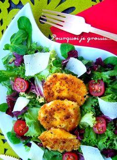 Salade mêlée, tomates, parmesan & mozzarella panée : la recette facile