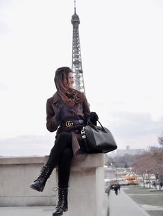 En manteau militaire #tendance #tendances #ootd #streetstyle #tenuedujour #lookdujour #look #lookoftheday #wiw #wiwt #paris #parisienne #Sofrenchbynaty #shopmystyle #style #mystyle #shopmylook #mylook #tenue #trend #trendy #trends #coat #manteaumilitaire #gucci #givenchy