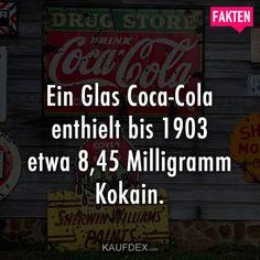 Das Glas Coca-Cola enthielt bis 1903 etwa 8,45 Milligramm Kokain.