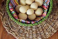 Pão de queijo caseiro: receita da Bela Gil - Receitas - GNT