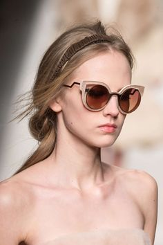 Eyewear at Fendi Fall 2015 Ray Ban Sunglasses Sale, Trending Sunglasses, Sunglasses Outlet, Sunglasses Online, Cat Eye Sunglasses, Sports Sunglasses, Sunglasses 2016, 2015 Trends, Neue Trends