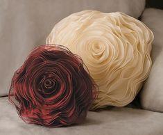 Rose Pillow: 10