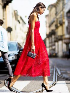 The Shoe Industry's #1 Secret for Making Heels More Comfortable  We got some experts to weigh in. via @WhoWhatWear